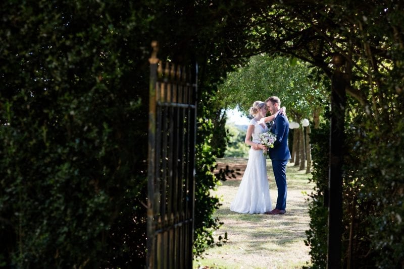 Intimate runaway weddings at Bridwell