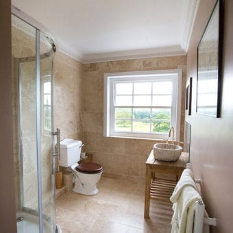 Yew Bedroom en-suite bathroom. Image: Venetia Norrington